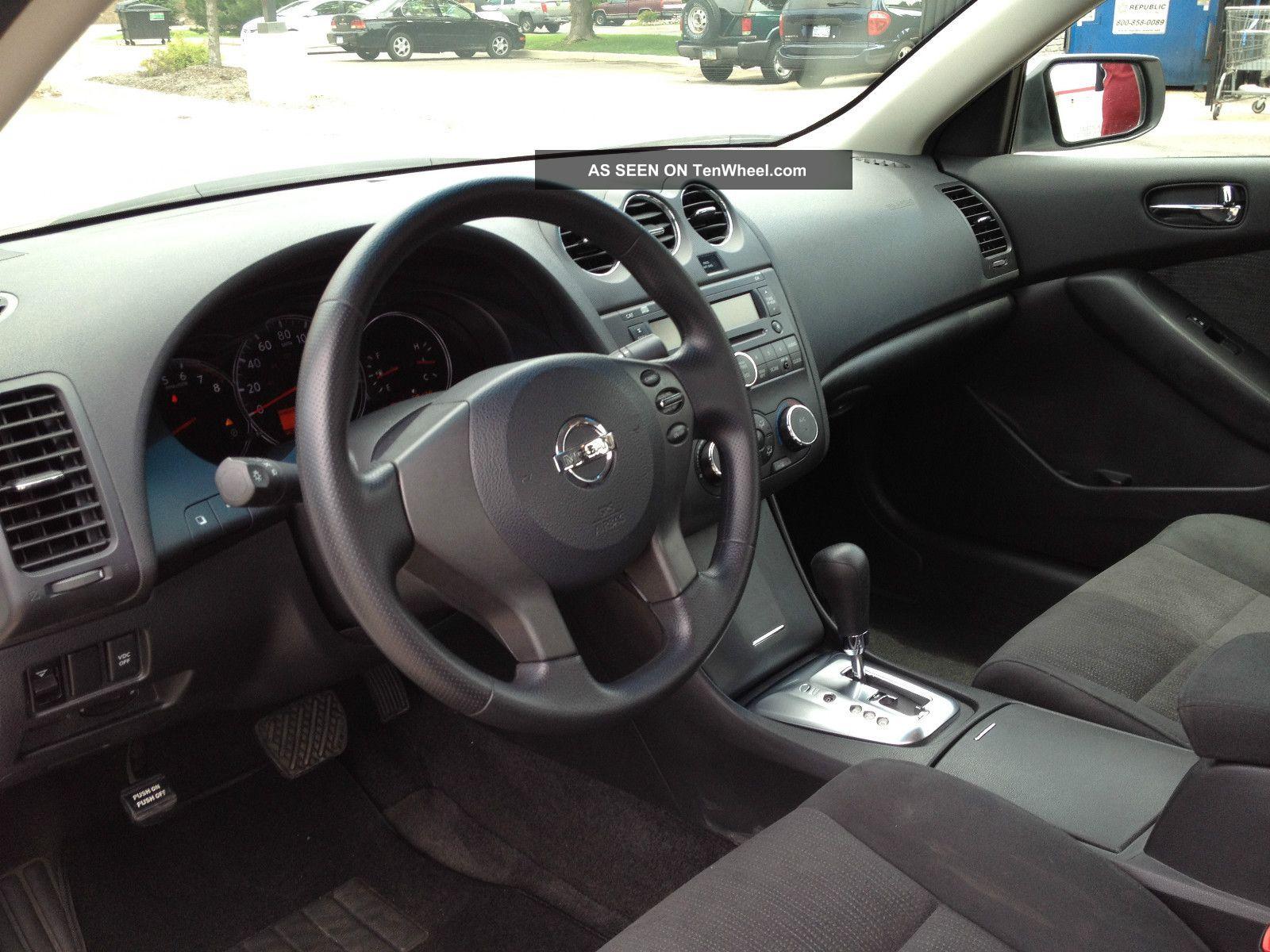 2010 Nissan Altima S Sedan 4 Door 2 5l