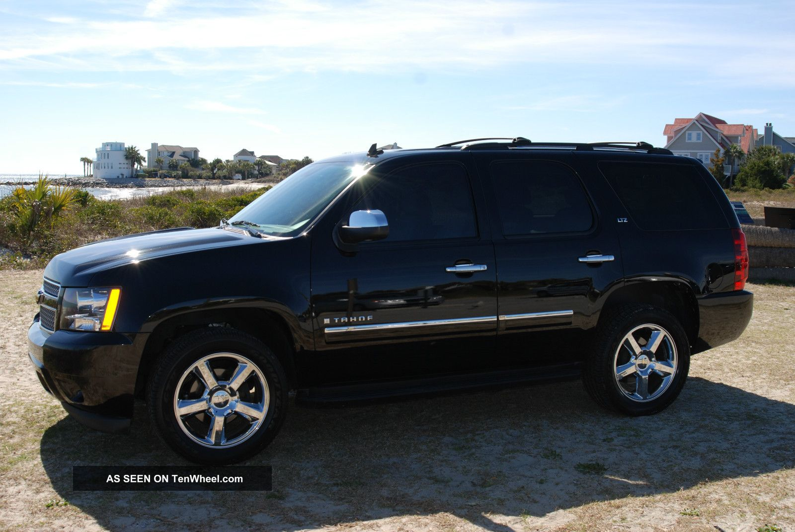 , Awesome Black,  Fully Loaded,  2009 Chevrolet Tahoe Ltz Tahoe photo