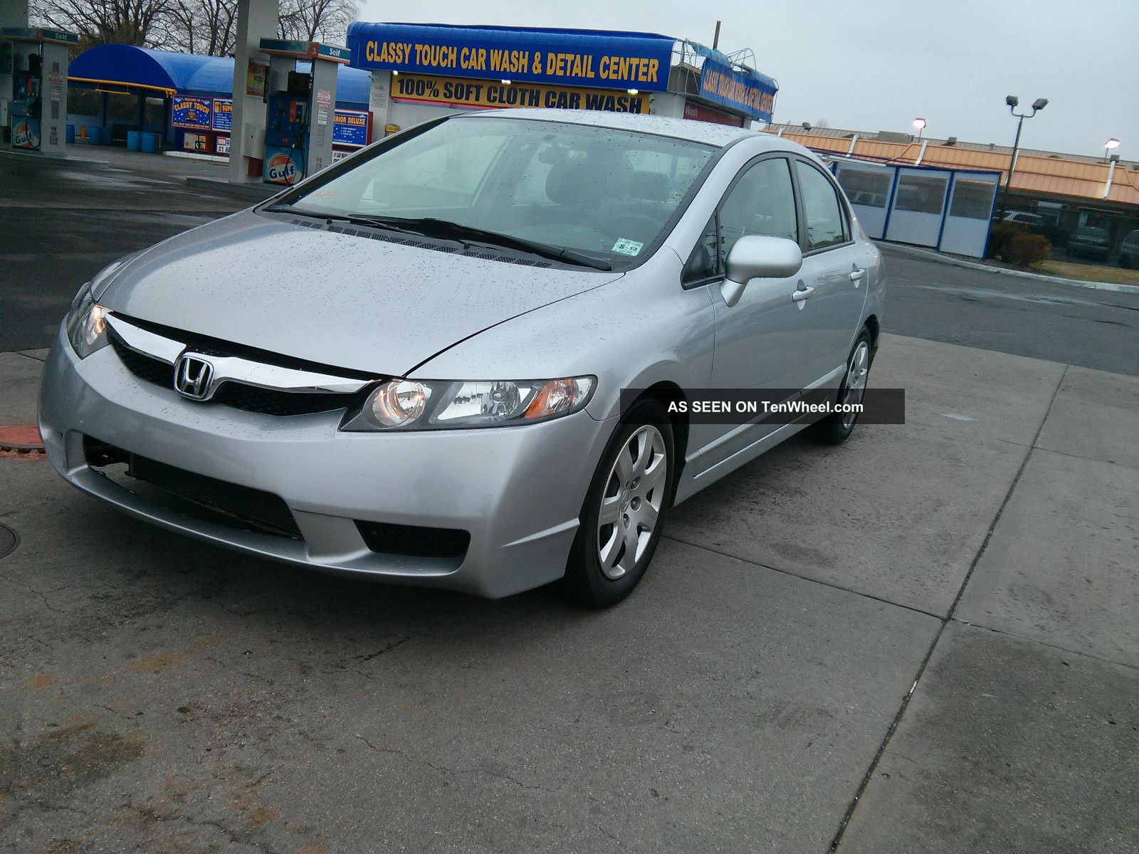2009 honda civic lx sedan 4 door 1 8l was in the accident. Black Bedroom Furniture Sets. Home Design Ideas