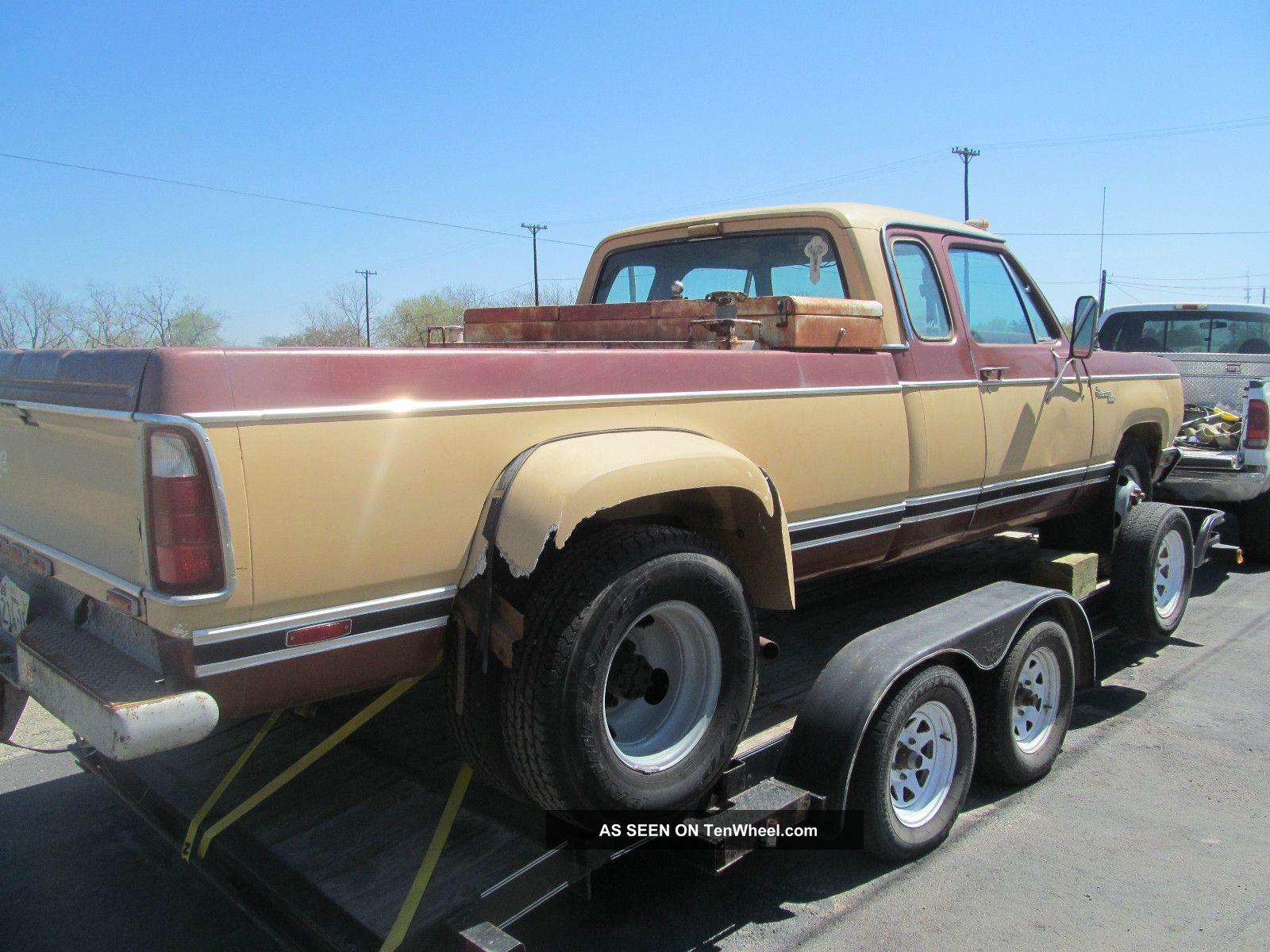 Texas Barn Find Dodge D Dually Club Cab Mopar Ton Nr Lgw on 1977 Dodge Power Wagon 4x4 440
