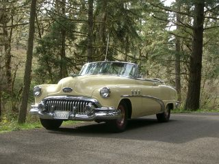 1952 Buick Special Convertible photo
