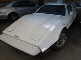 1975 Bricklin Sv - 1 Base Coupe 2 - Door 5.  8l photo