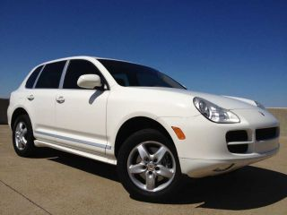 2006 Porsche Cayenne S Sport Utility 4 - Door 4.  5l 340hp V8 Awd Premium Sound photo