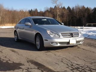 2009 Mercedes - Benz Cls550 Base Sedan 4 - Door 5.  5l photo