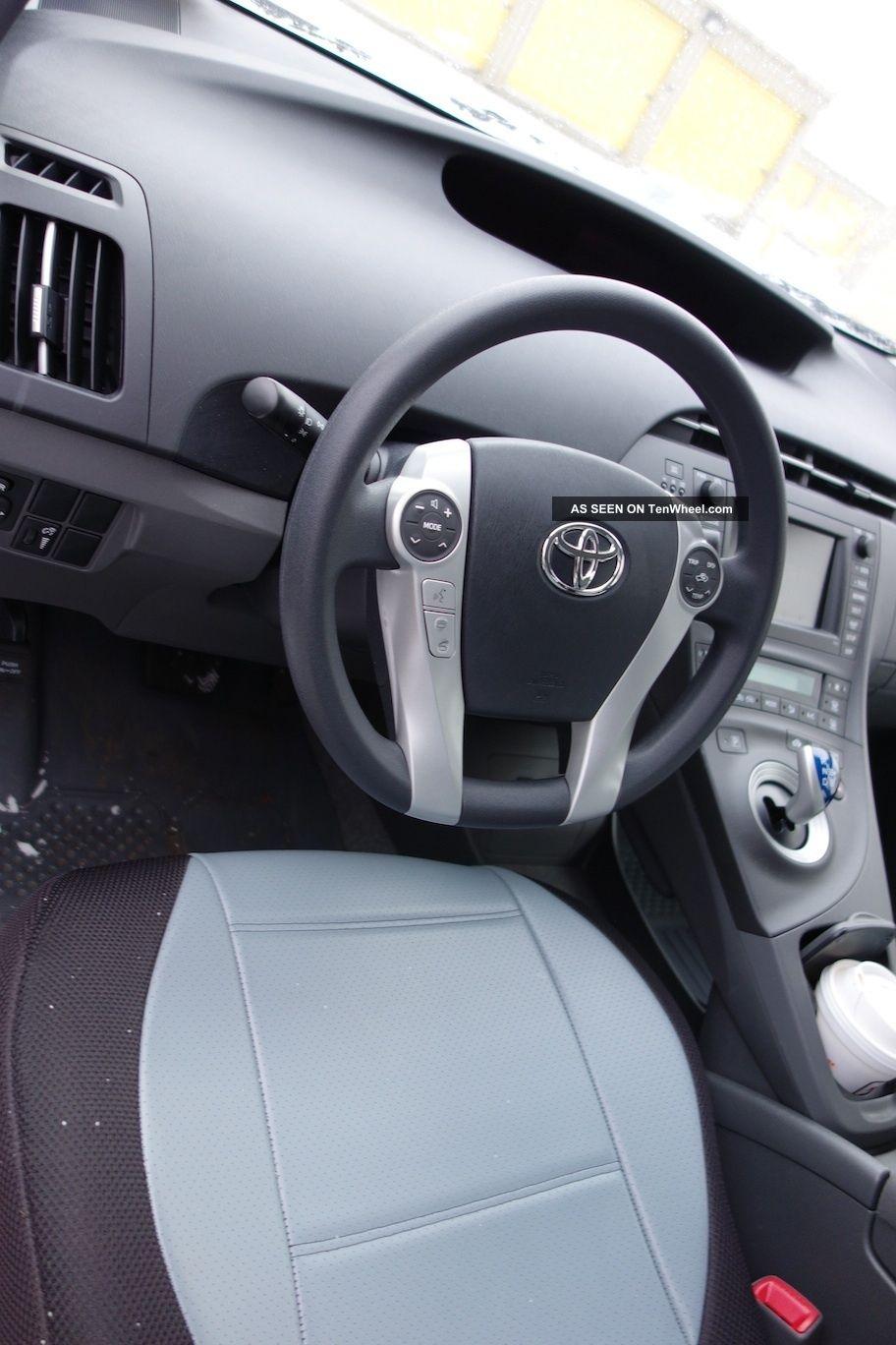 2011 Toyota Prius Model 3 With Gps Smartkey Backup