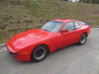 1983 Porcshe 944 photo