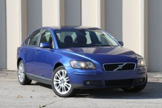 2006 Volvo S40 2.  4i Sedan 4 - Door 2.  4l Financing Available photo