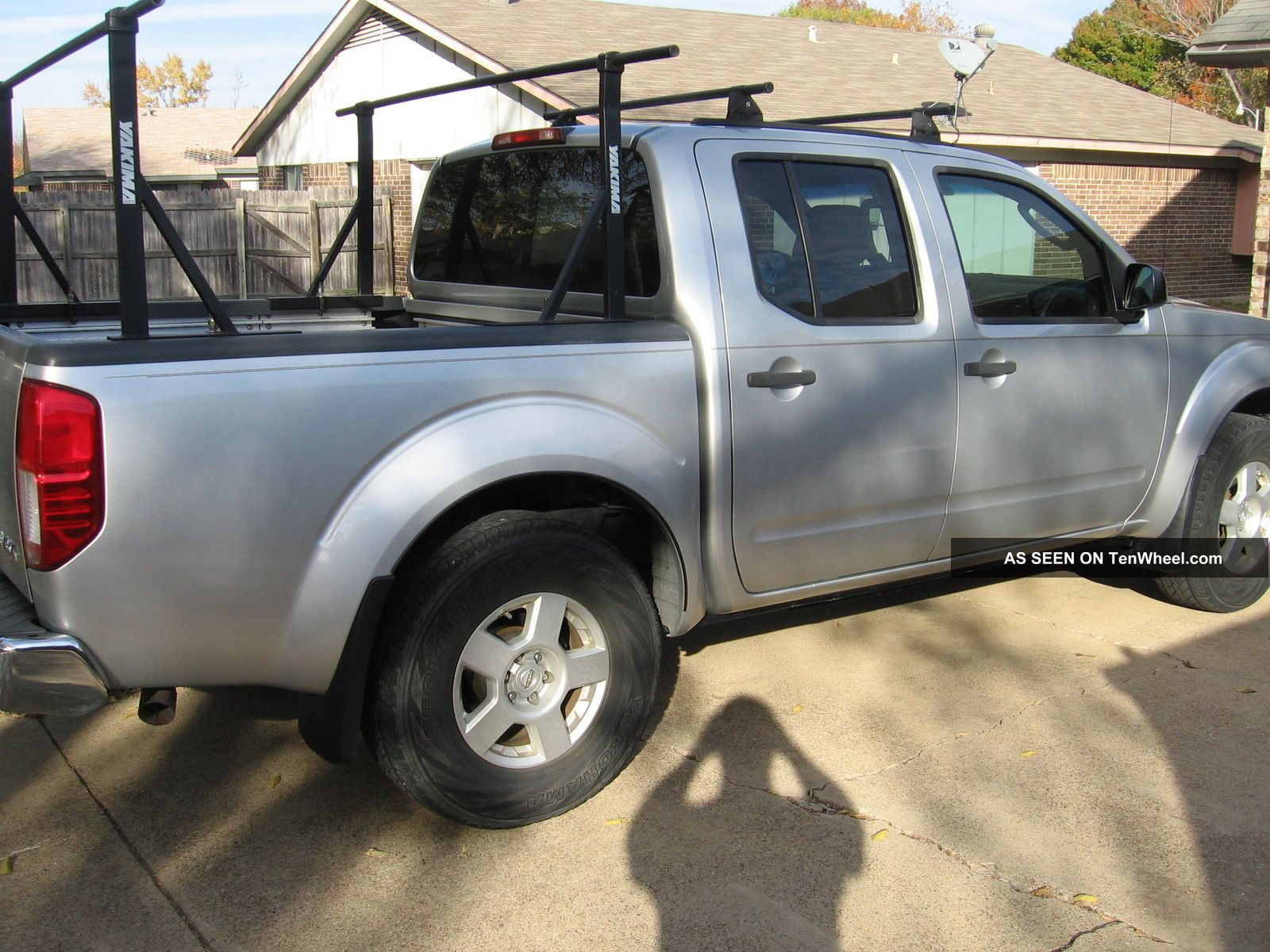 2005 nissan frontier se crew cab pickup 4 door 4 0l 4x4. Black Bedroom Furniture Sets. Home Design Ideas