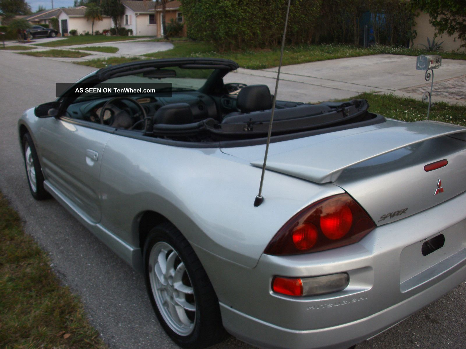 2001 Mitsubishi Eclipse Spyder Gt Convertible 2 - Door 3.  0l Eclipse photo
