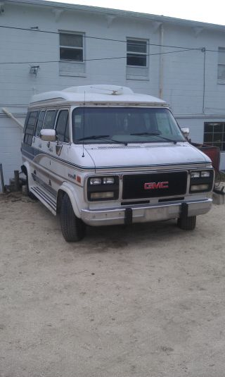 1994 Gmc G2500 Vandura 5.  7l Conversion Van photo