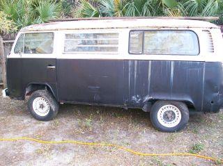 1976 Transporter Vw Hippie Bus,  Volkswagon. photo