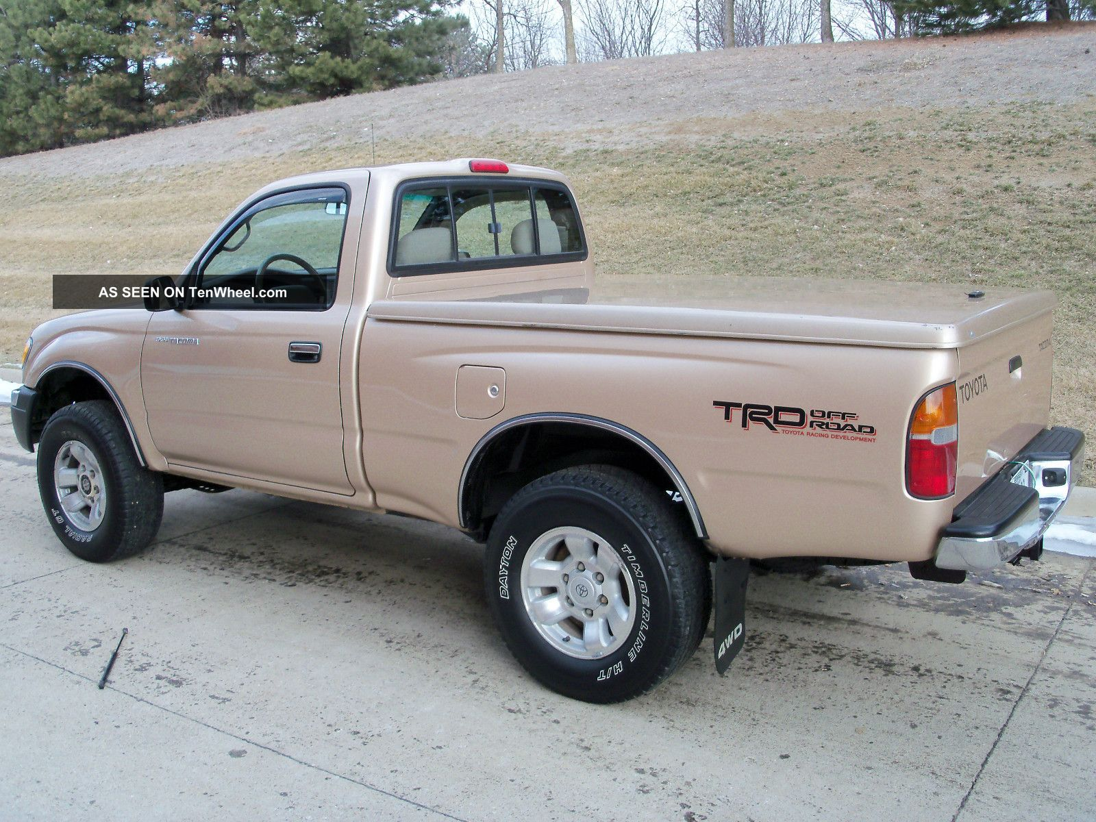 Awesome 1999 Toyota Tacoma 4x4 5speed Regular Cab 2 7l