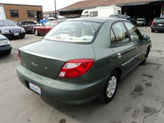 2001 Kia Rio Base Sedan 4 - Door 1.  5l, photo