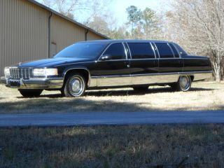 1995 Cadillac Fleetwood Limousine.  Black 50 Inch Stretch Miller Meteor photo