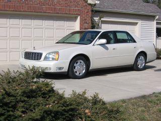 2003 Cadillac Deville,  White Diamond Exterior photo