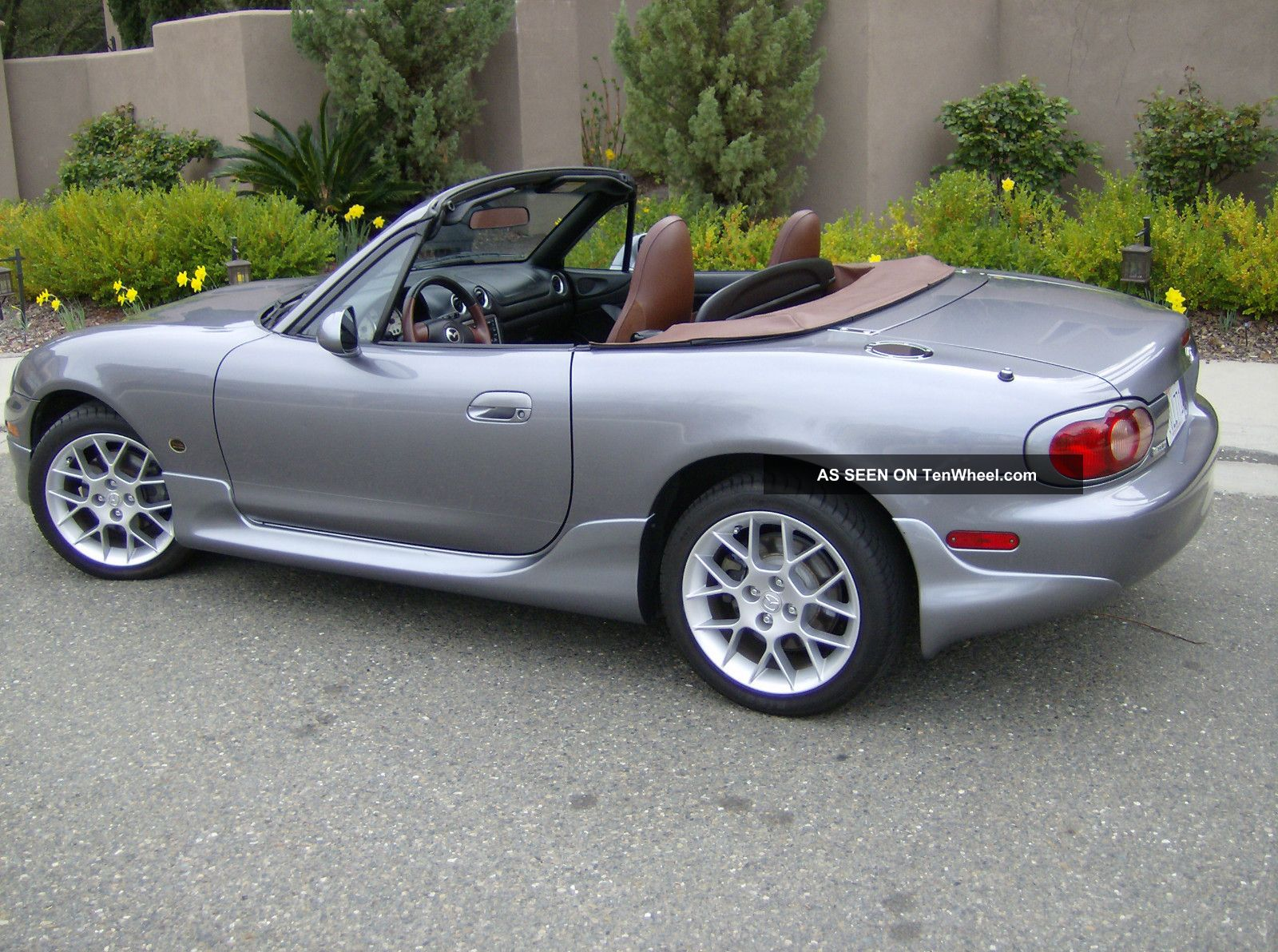 2002 Mazda Miata Se Convertible 2 Door 1 8l