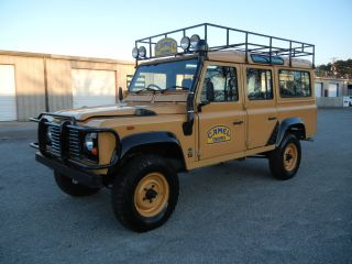 1987 Frame Off Rebuilt Defender 110 Tdi With Galvanized Chassis And 300tdi photo