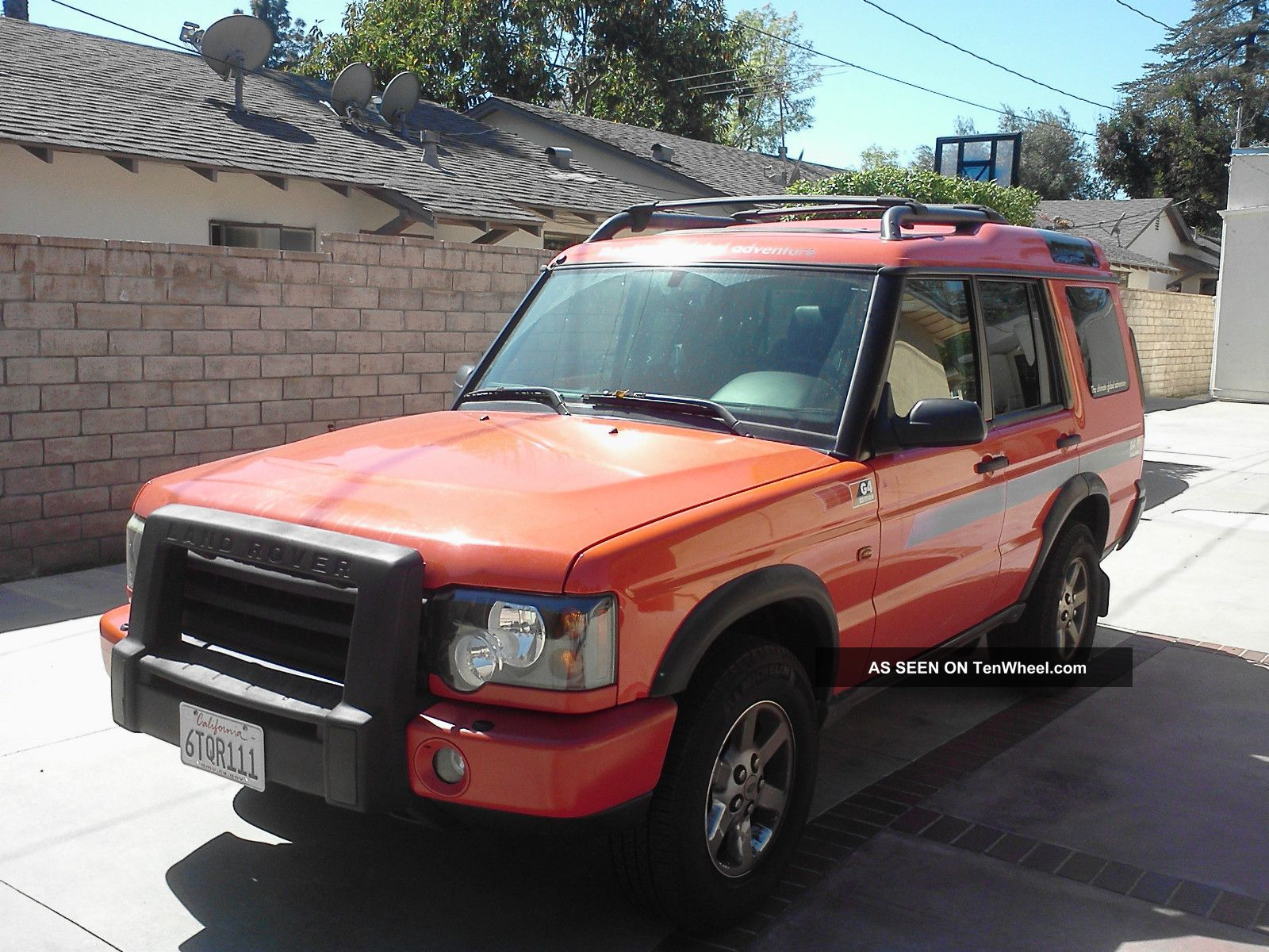 2004 orange land rover discovery g4 lmited edition. Black Bedroom Furniture Sets. Home Design Ideas