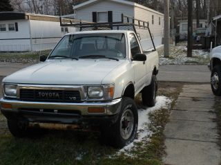 1989 Toyota Tacoma photo