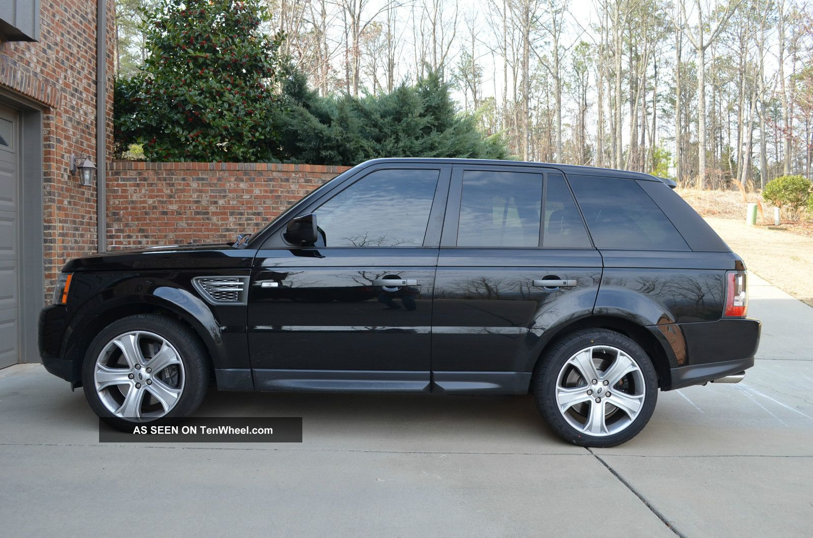 2010 Land Rover Range Rover Sport Supercharged Sport Utility 4 - Door 5.  0l Range Rover Sport photo