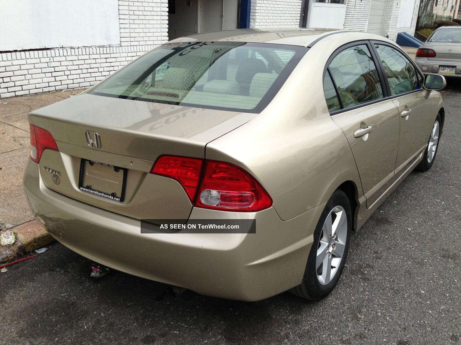 2007 Honda Civic Ex Sedan 4 - Door 1. 8l Honda Civic 2007 Sedan