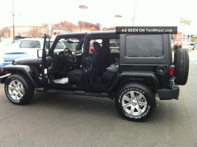 jeep wrangler sport vs sahara price 4 door autos post. Black Bedroom Furniture Sets. Home Design Ideas