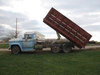 1961 Gmc Grain Truck Tandem Axle 20 Ft Bed Runs Drives Needs A Brake Booster photo