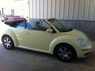 2006 Volkswagen Beetle 2.  5 Convertible 2 - Door 2.  5l photo