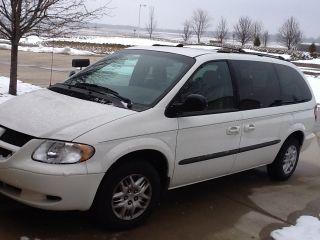 2002 Dodge Caravan Sport Mini Passenger Van 4 - Door 3.  3l photo