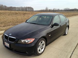 2008 Bmw 328i Sedan 4 Door 3.  0l photo