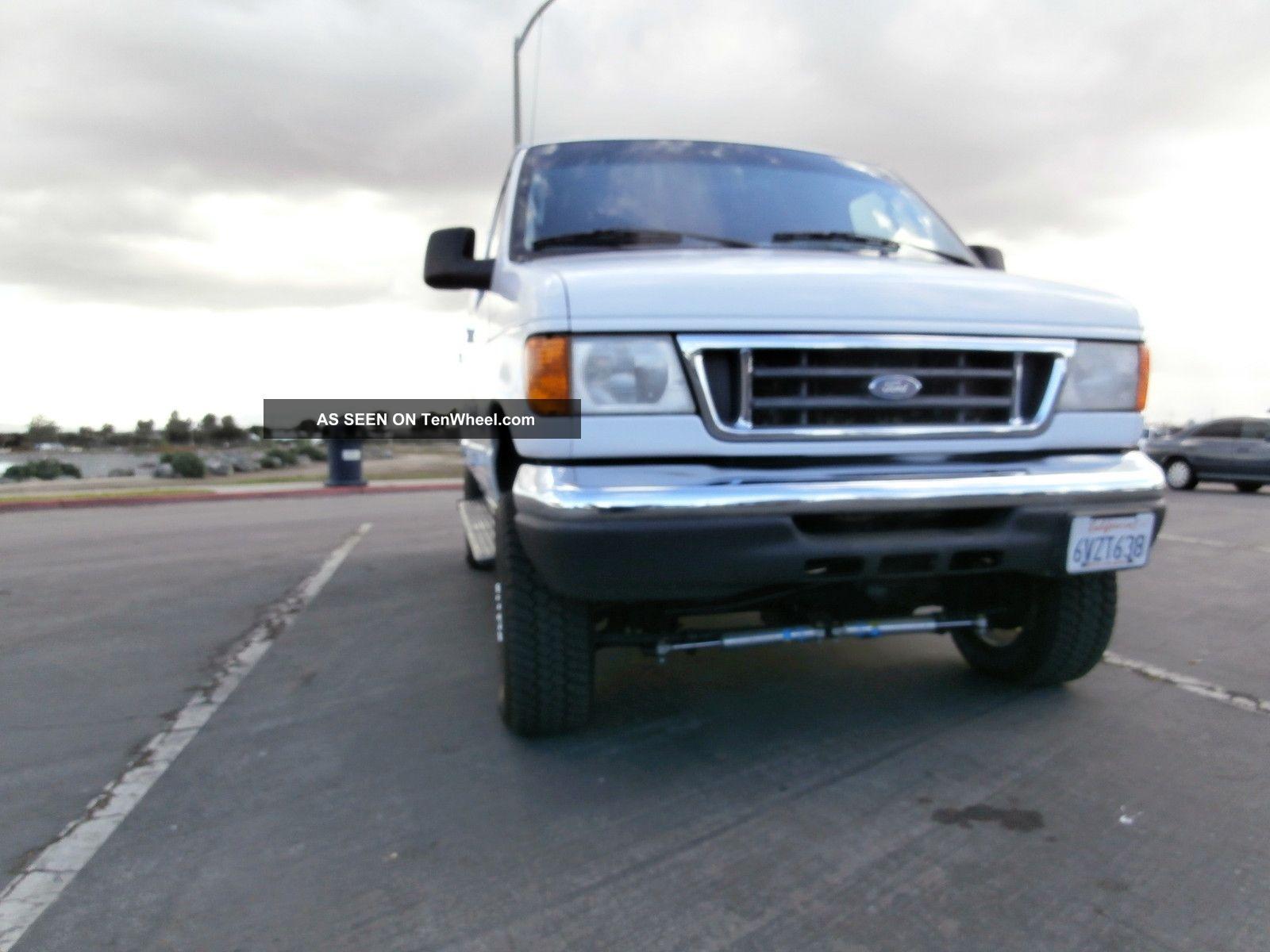2006 Ford E350 Diesel Van 4x4