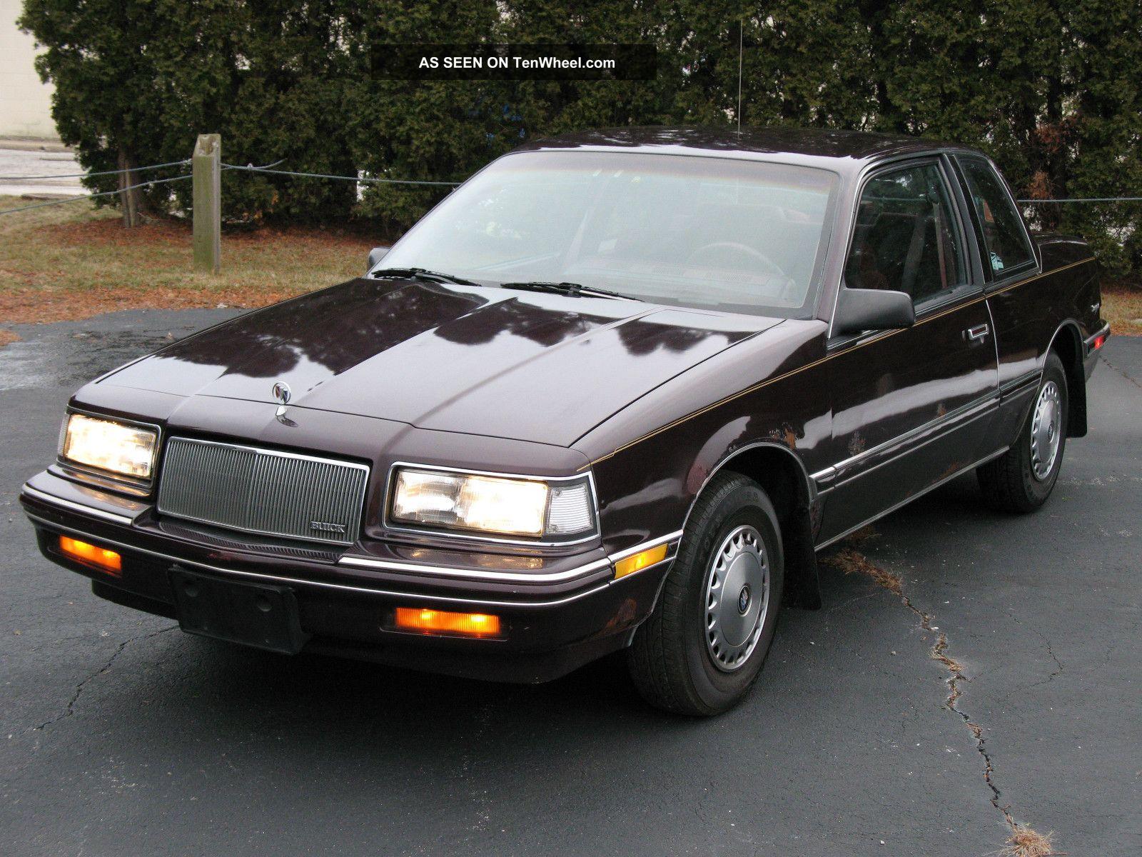 1990 Buick Skylark Base Coupe 2 - Door 2.  5l Skylark photo