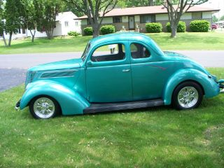 1937 Ford 5 Window Coupe photo