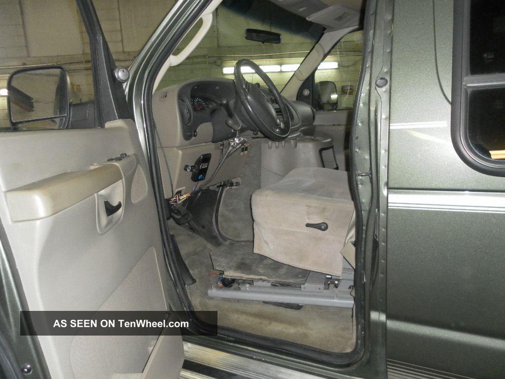 2004 E250 Ford Van Fully Auto Ricon Lift Power Doors 6