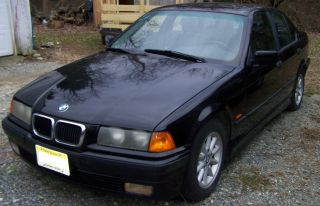 1998 Bmw 328i Base Sedan 4 - Door 2.  8l photo