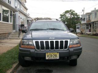 2002 Jeep Grand Cherokee Larado photo