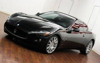2011 Maserati Granturismo Base Coupe 2 - Door 4.  2l / Beverlyhills / Ca / Car photo