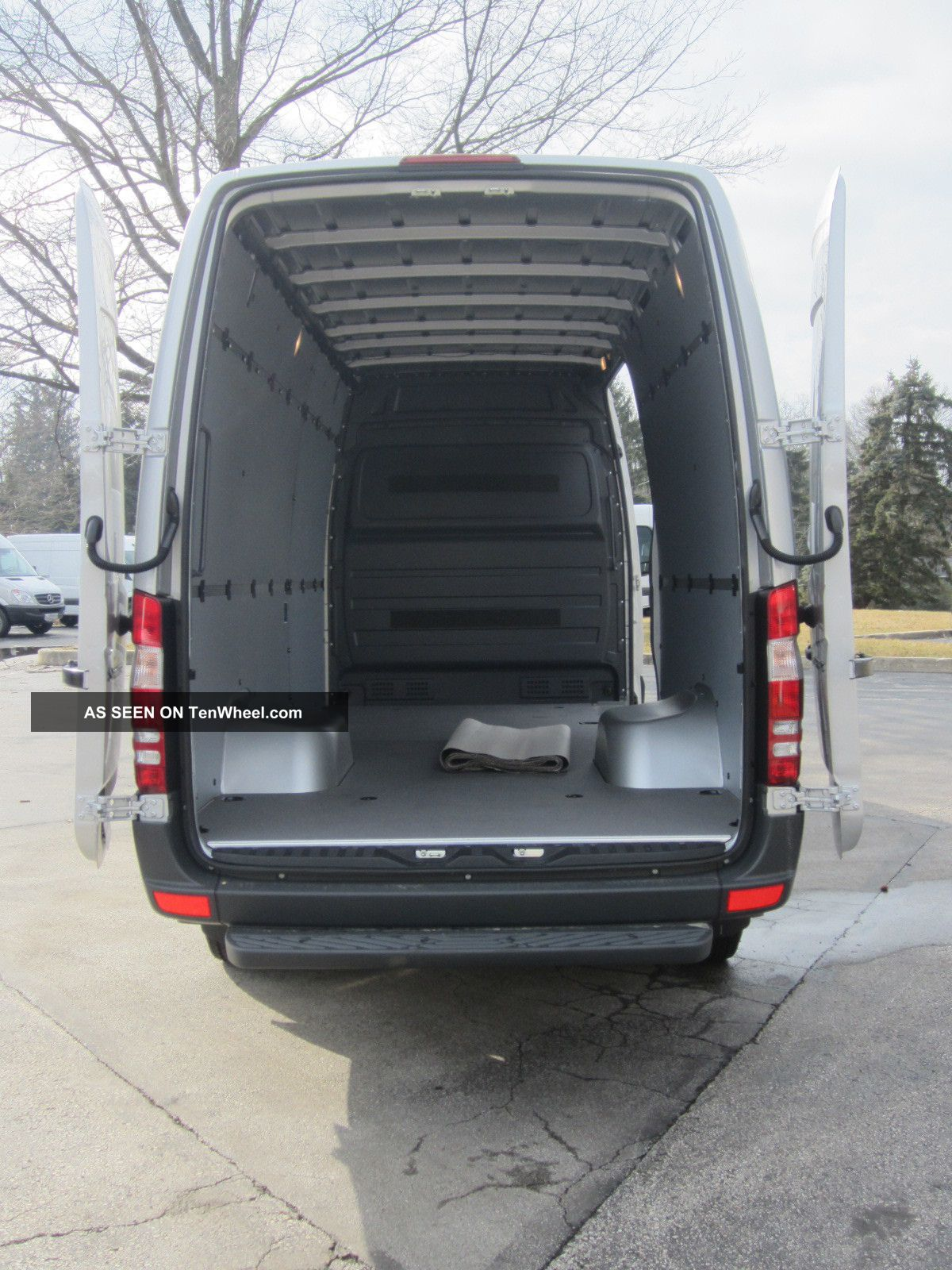 2013 mercedes benz sprinter 3500 heavy duty 170 wb van. Black Bedroom Furniture Sets. Home Design Ideas