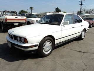 1992 Bmw 525i Base Sedan 4 - Door 2.  5l, photo