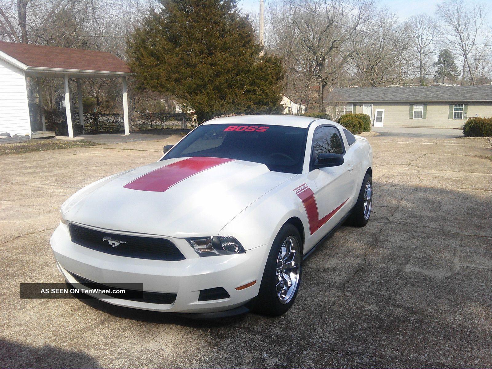 2011 Ford Mustang Boss Mustang photo