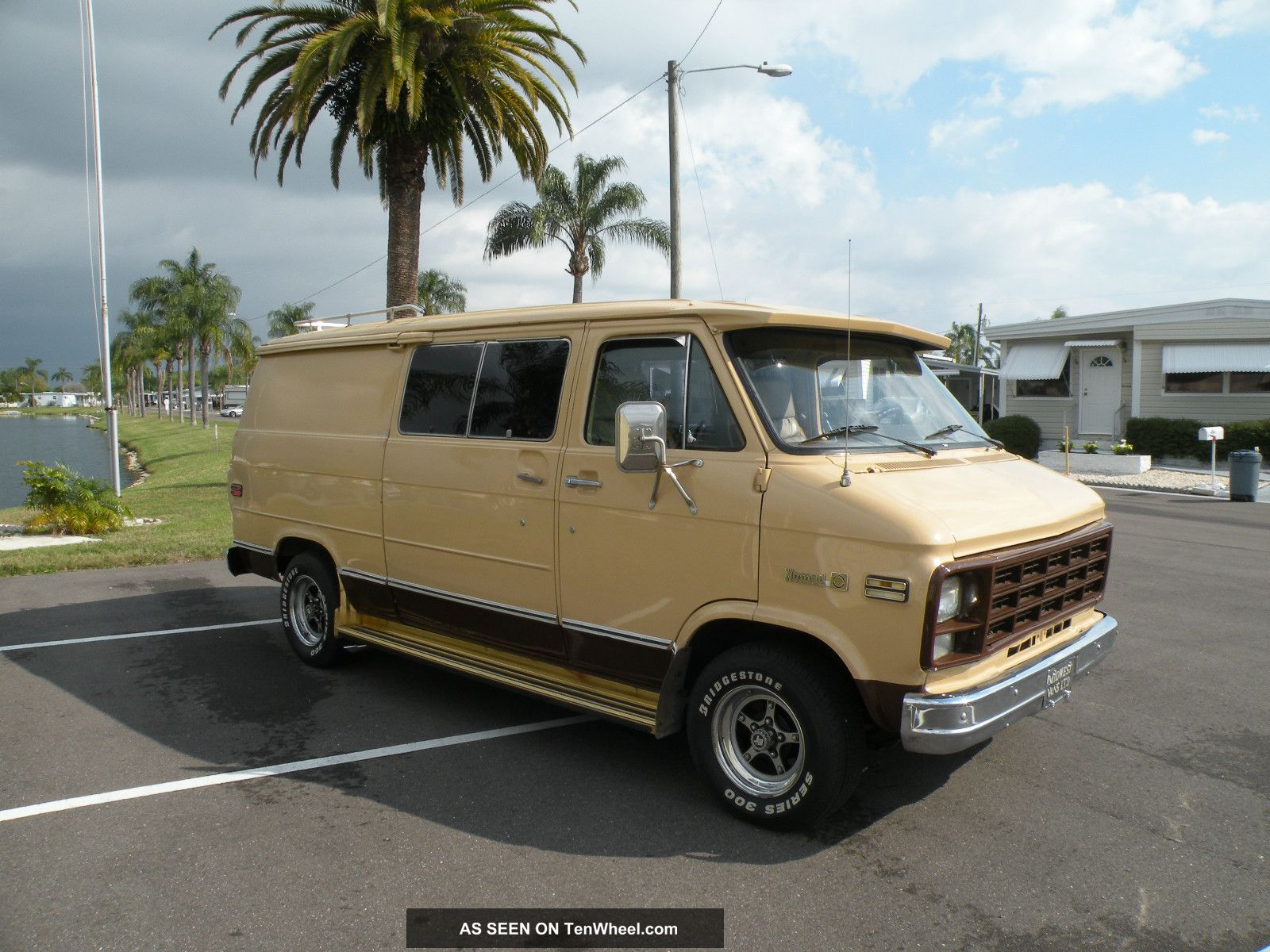 1978 Classic Chevy G20 Nomad Van G20 Van photo 11