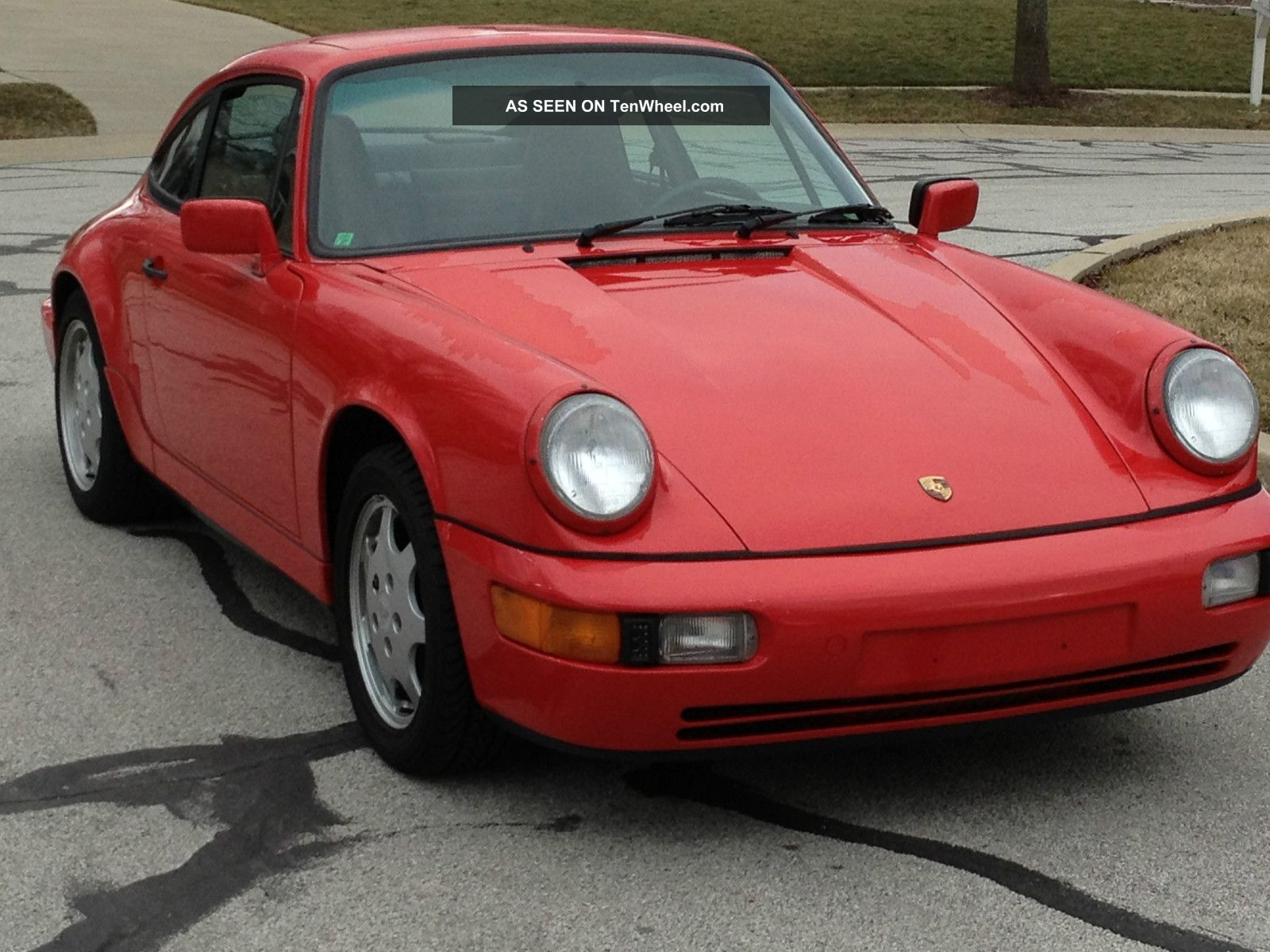 1989 Porche Carrera 4 911 photo
