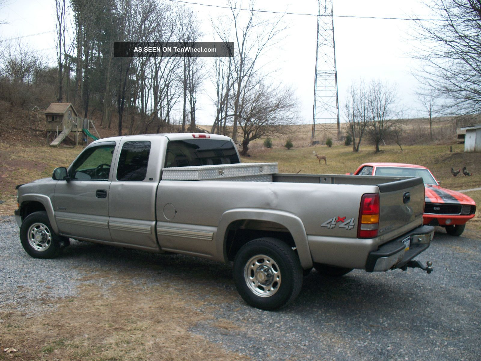 2000 chevy 2500hd 4x4, 6  0 v8, 5 speed manual, 3 door extended cab, 8 '  bed,