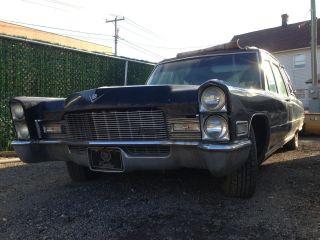 1968 Cadillac Hearse photo