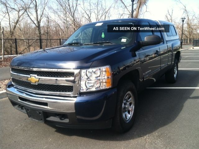 2010 chevrolet silverado 1500 ext cab 4 8l v8 must go. Black Bedroom Furniture Sets. Home Design Ideas