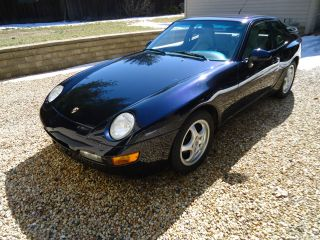 1994 Porsche 968 Coupe photo
