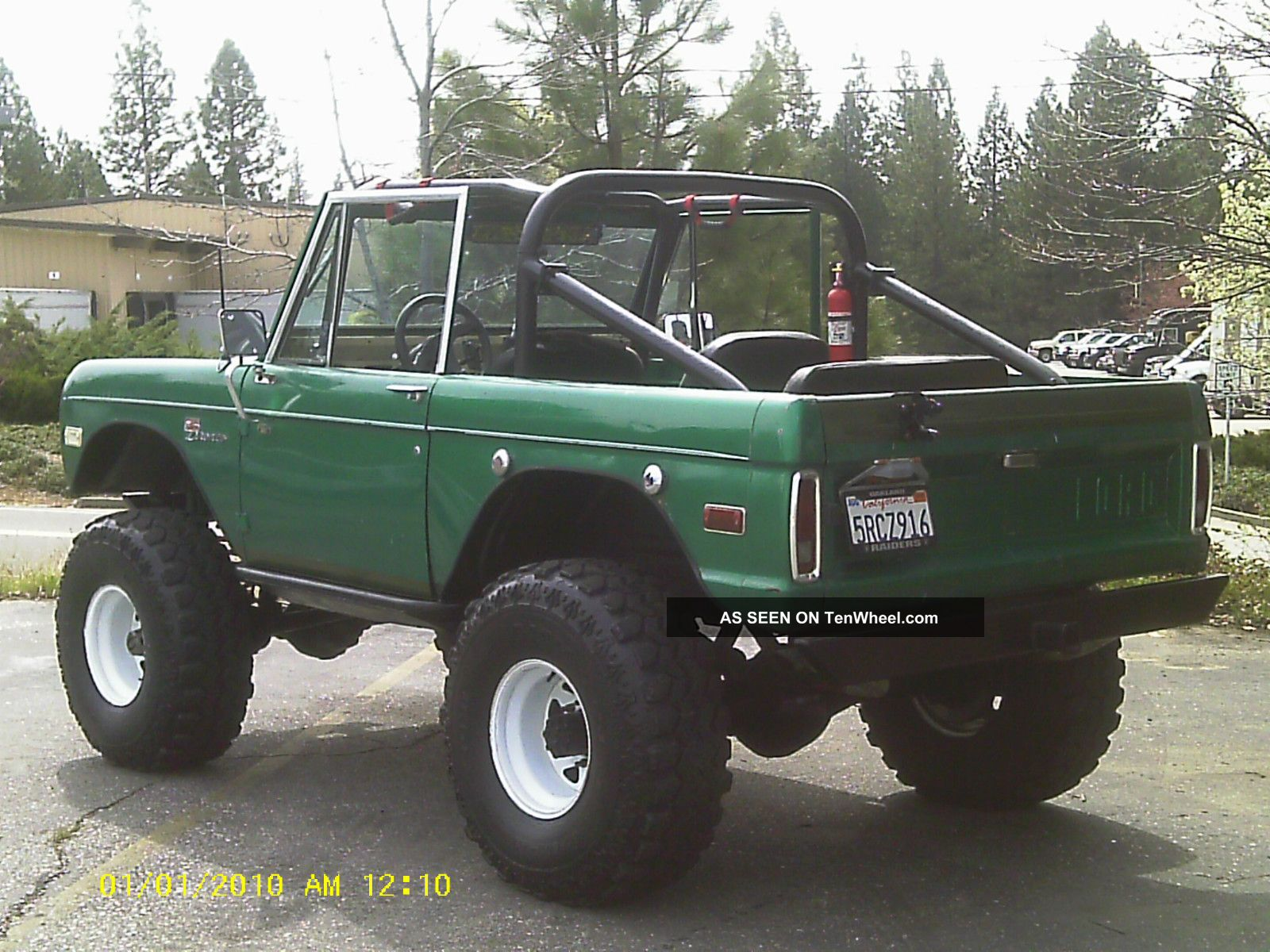 1972 Ford Bronco on 1965 mustang all wheel drive