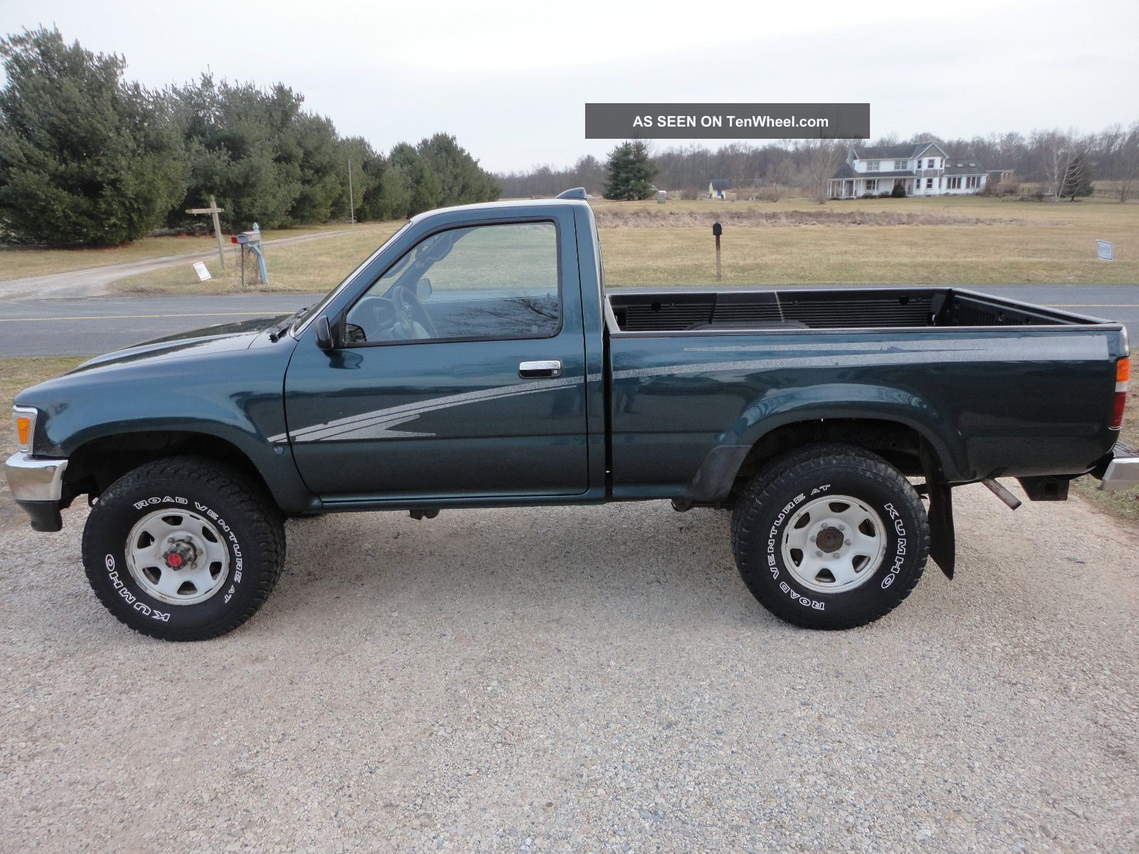 1995 toyota truck 4x4 4wd 4 cylinder 5 speed pre tacoma hilux truck. Black Bedroom Furniture Sets. Home Design Ideas