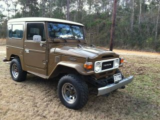 1982 Fj 40 Toyota Land Cruiser Stock 4x4 Very With Owner Manual photo