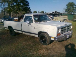 1986 Dodge D150 Base Standard Cab Pickup 2 - Door 5.  2l photo